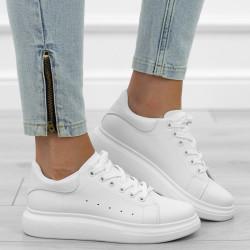 Białe sneakersy sportowe...