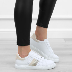 Białe trampki sportowe adidasy