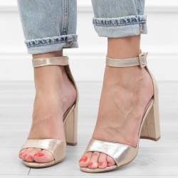 Złote sandały damskie na...