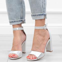 Srebrne sandały damskie na...